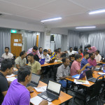Computer training lessons for foreign workers